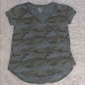 American Eagle Camo T-Shirt